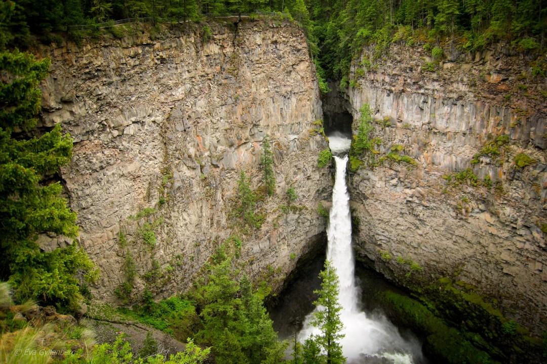 Spahats-falls-british-columbia-canada