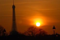 sunset-eiffel-tower