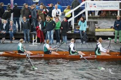 Die Zweitplatzierten und Vorjahressieger der Rudergesellschaft Germania