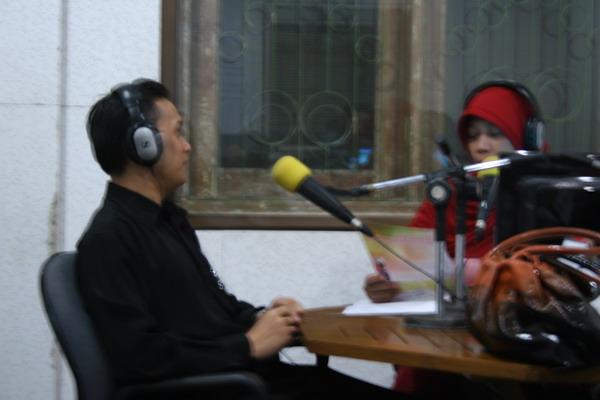 Pengalaman Talkshow di Radio DFM Jakarta