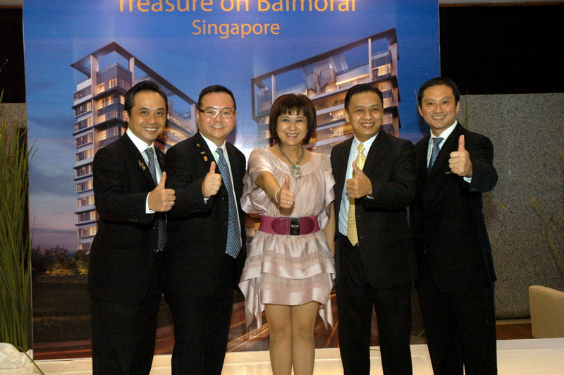 "Launching ""Treasure on Balmoral"" Singapore"