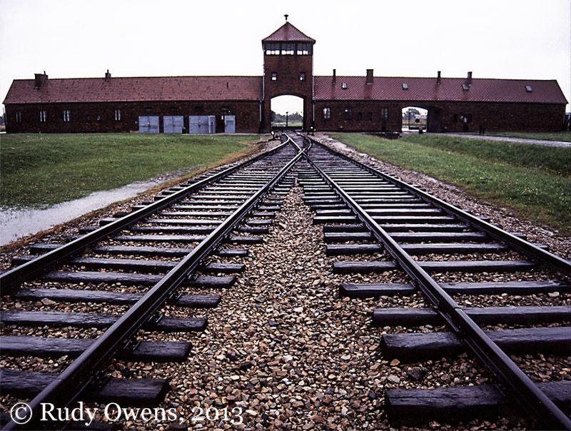 holocaust-55.jpg