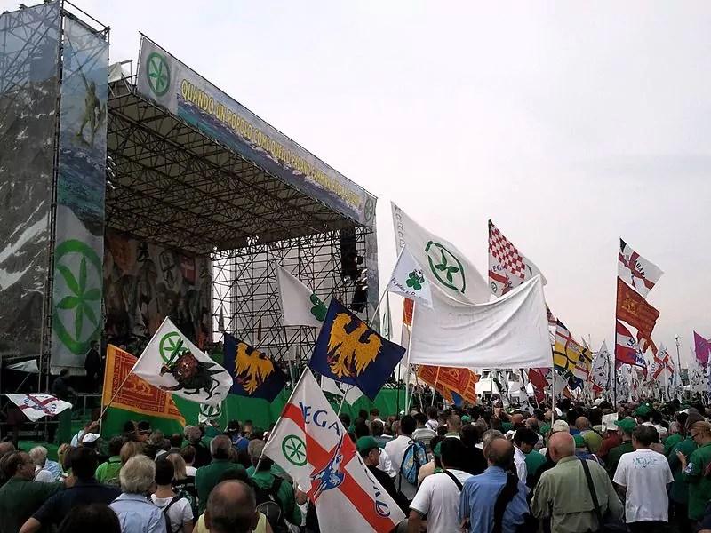 Folla_alla_festa_dei_popoli_padani,_Venezia,_2011