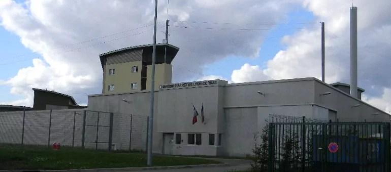 Blog du taulard #3 : «Enfermé, le prisonnier voit avec ses oreilles»