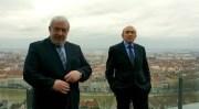 Gérard Collomb avec Christian Coulon, actuel maire du 8è arrondissement de Lyon, lors de la présentation des têtes de listes.