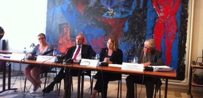 Rythmes scolaires à Lyon : la conf de presse surréaliste de Gérard Collomb