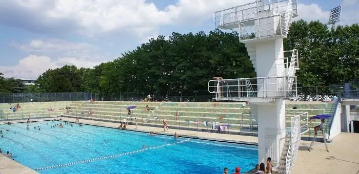 Agents de police et liste noire à l'entrée de certaines piscines de Lyon