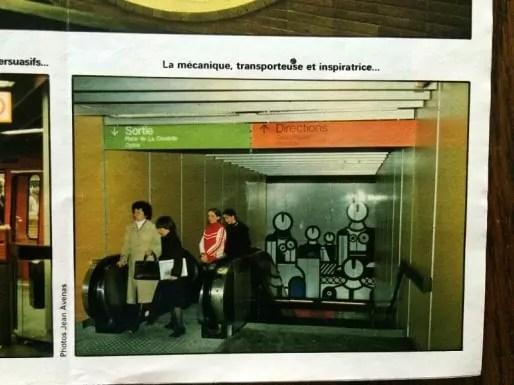 """On est à la station Hôtel de Ville, en direction du métro menant à la Croix-Rousse avec, déjà en 1978, la fresque """"Les Robots"""". Dans La Vie du Rail, mai 1978."""