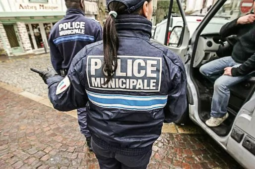 La police municipale de Grenoble compte un effectif de 97 agents que les syndicats souhaiteraient voir porter à 150. Crédit/DR
