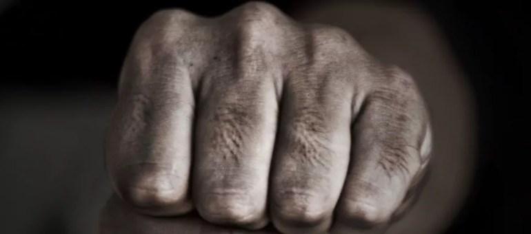 Le fist-fucking, pas une pratique brutale : les lieux pour s'initier à Lyon