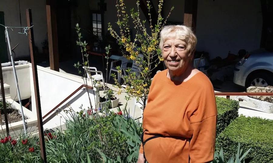 Michelle Pistone, chez elle, dans le bourg de Roybon. ©LB/Rue89Lyon