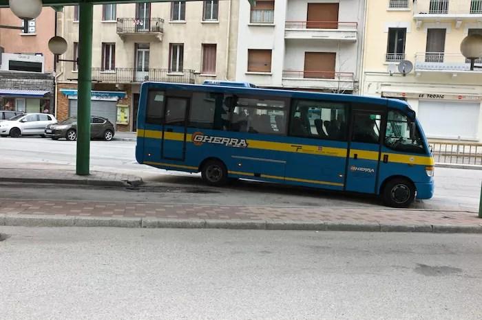 navette Bardonecchia-Modane en gare routière de Modane ©Benjamin Vanderlick