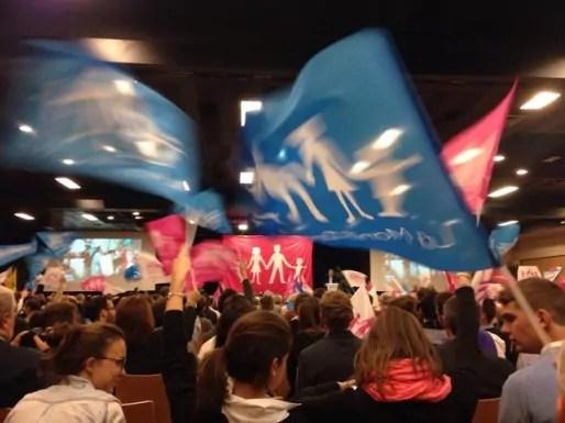 La soirée organisée par La Manif pour tous, qui a passé sur le grill des candidats aux élections en Auvergne Rhône-Alpes (Laurent Wauquiez, LR, et Christophe Boudot, FN).