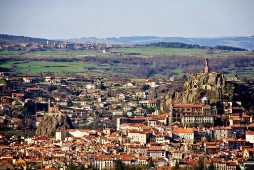 La commune du Puy-en-Velay dans le département de la Haute-Loire. Photo CC by Mike Rowe via Flickr