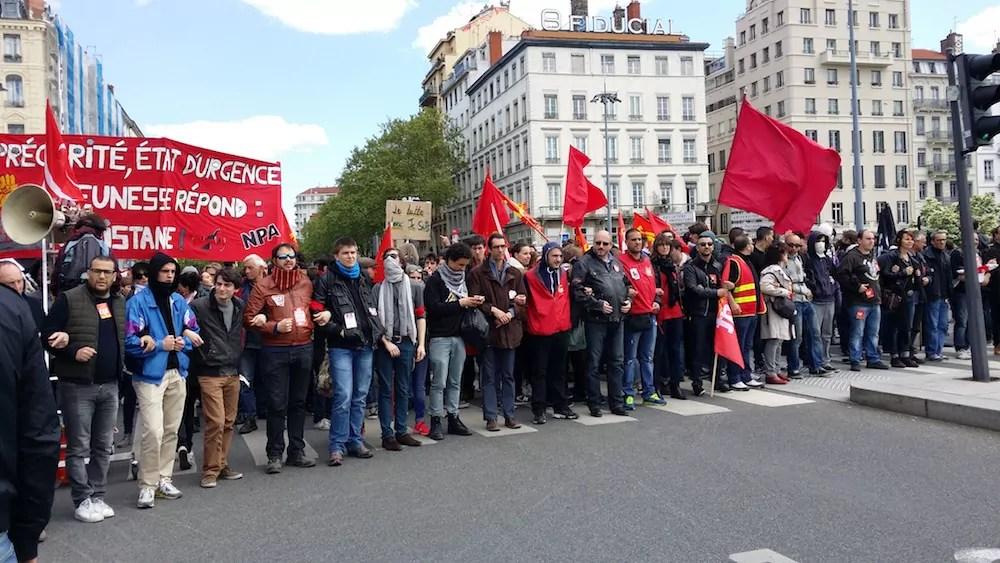 Tête de la manifestation au pont de la Guillotière, juste avant d'arrivée place Bellecour. ©LB/Rue89Lyon