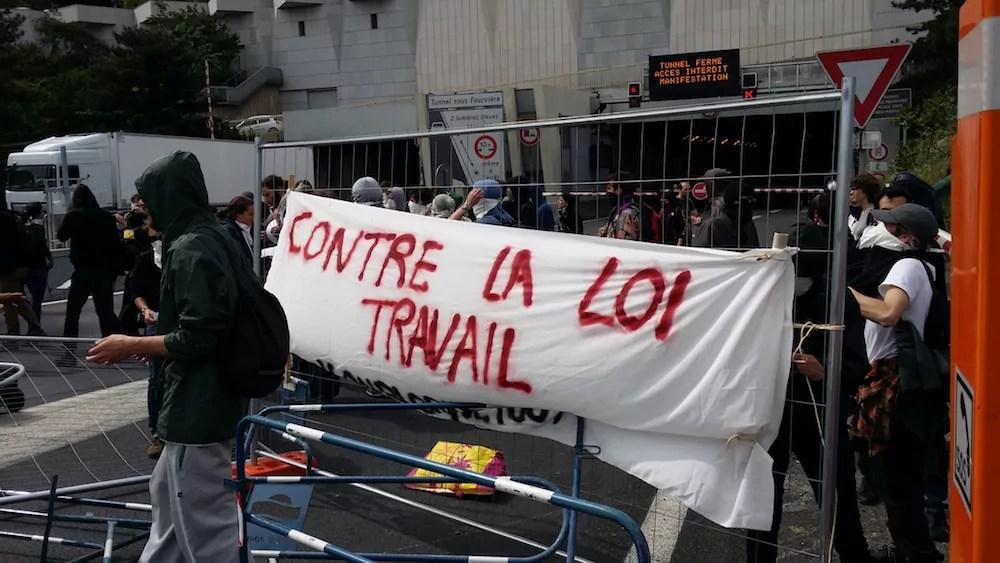 L'action de blocage du tunnel sous Fourvière contre la loi travail. ©LB/Rue89Lyon