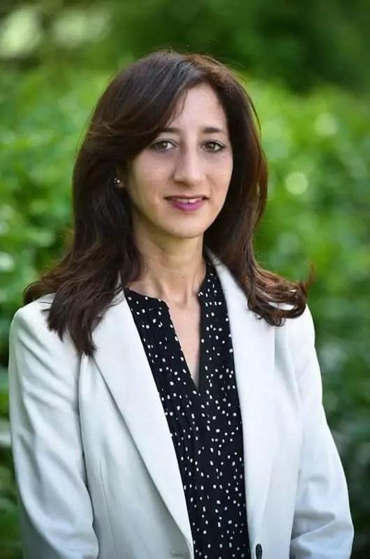 L'une des photos officielles d'Anissa Kheder, candidate La République en marche dans la 7ème circonscription du Rhône. ©DR