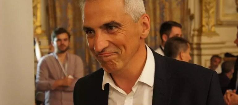 Jean-Luc Fugit, unique député «anti glyphosate» dans le Rhône, en mode super-héros?