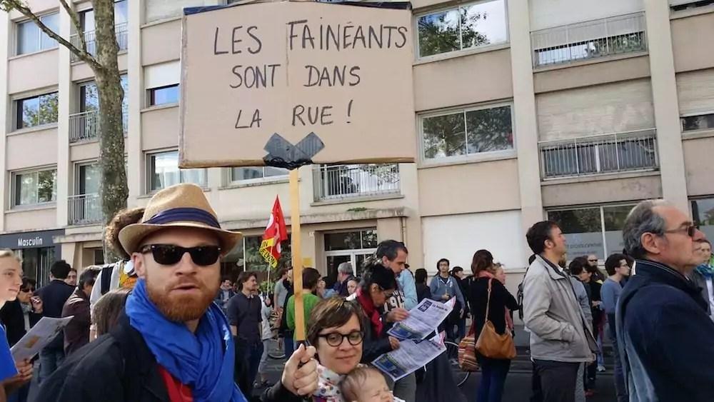 Baptiste et Agnès, deux sympathisants de la France insoumise à la manif du 12 septembre à Lyon. ©LB/Rue89Lyon