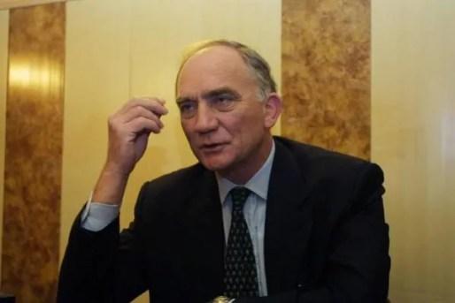 Charles Millon donne un entretien à Lyon Figaro en 2001. © CC - BM de Lyon