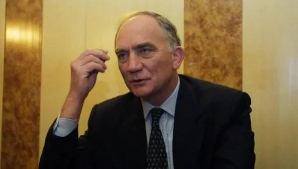 Il y a 20 ans, Charles Millon prenait la tête de la Région Rhône-Alpes grâce au FN
