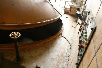 Les cuves ont été vandalisées, 1 tonne de cuivre découpée à la scie et volée (Photo MM)