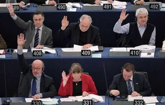 Ça chauffe au Parlement européen ! Un vote historique