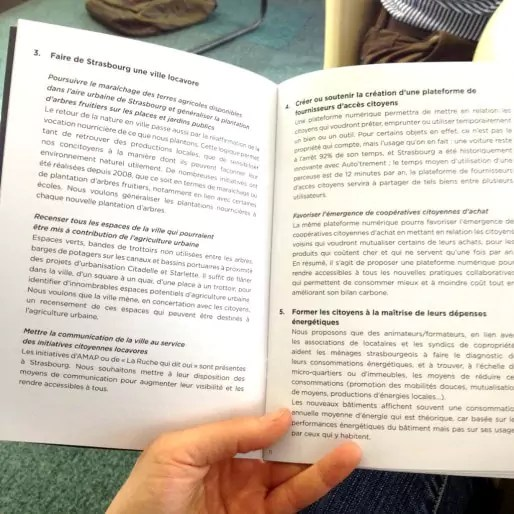 Quelques livrets ont été imprimés, mais non disponibles pour le public (Photo MM / Rue89 Strasbourg)