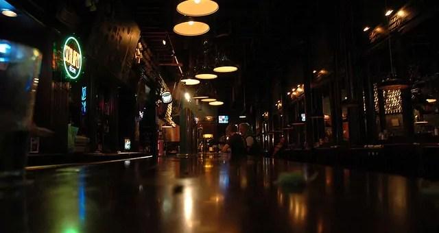 Bars de nuit à Strasbourg: l'offre est là, la clientèle ne suit pas