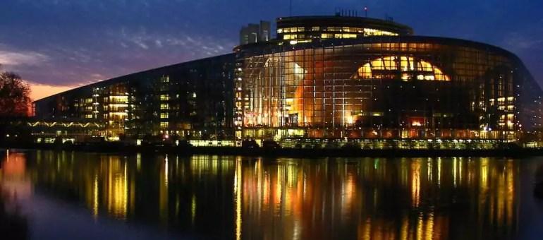 Union sacrée pour le parlement de la zone euro à Strasbourg