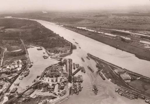 Le port aux pétroles, avant son extension en 1963 (Doc. PAS)