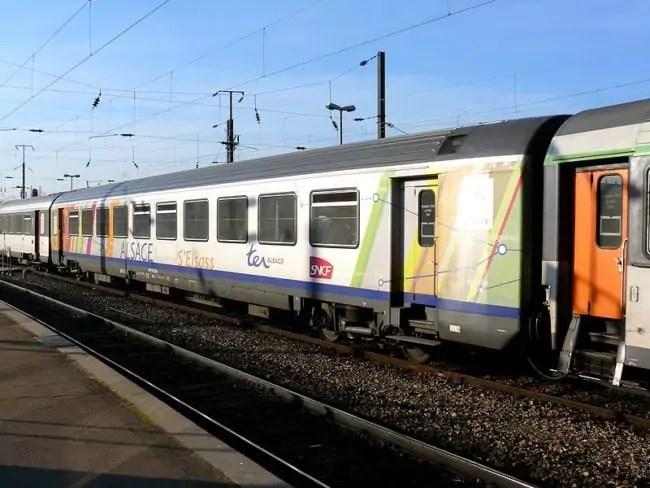 Corail_TER_200_Alsace_-_Nouvelle_livrée
