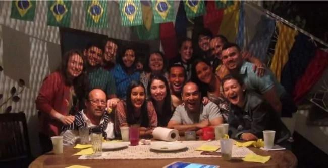 La coloc internationale de Jérome Tschupp entre bénévoles à Rio (doc. remis)