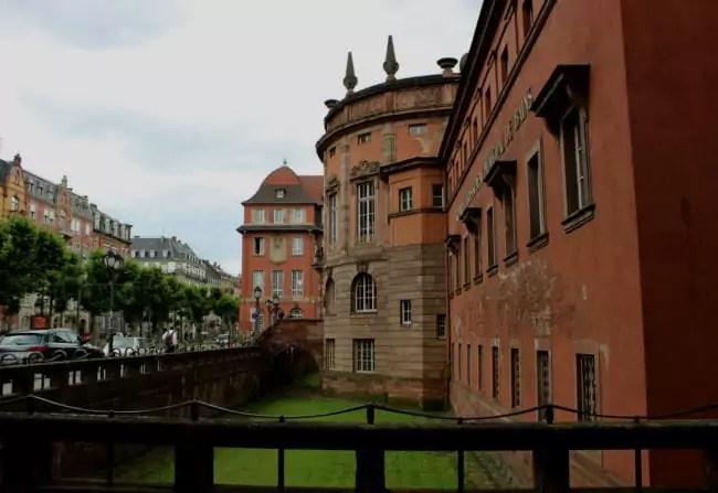 La rénovation des Bains municipaux doit commencer à l'été 2018 (photo JFG / Rue89 Strasbourg)