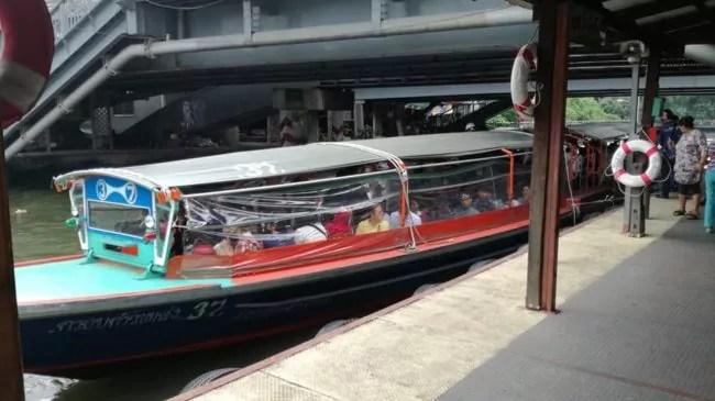 Le taxi-boat est un moyen pratique et très utilisé pour traverser l'agglomération (Photo ES / Rue89 Strasbourg / cc)