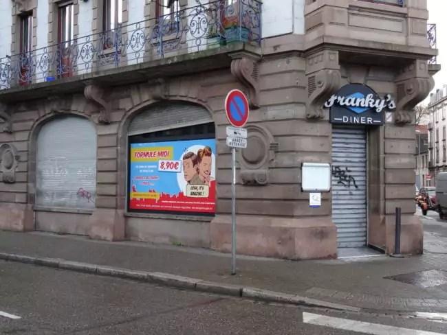 Les deux Franky's Diner (ici rue de Molsheim) resteront des restaurants... pour une autre ambiance. (Photo EB / Rue89 Strasbourg)