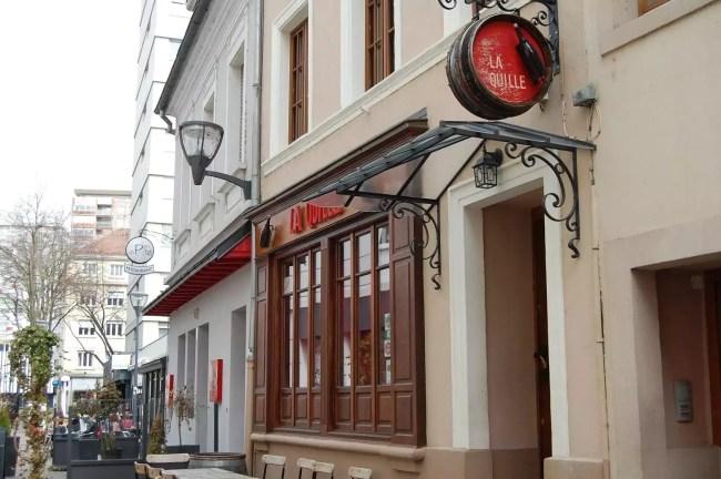 Des bars à vin (ou à rhum) comme la Quille ont fait leur apparition à Mulhouse et témoignent aussi d'un changement de public au centre-ville (Photo DL/Rue 89 Strasboug/cc)
