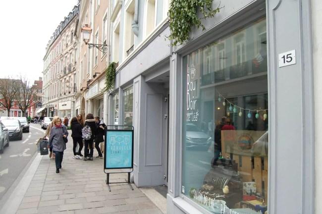 """La librairie Canal BD - Tribulles a elle aussi dû se renouveler en s'associant au """"Boudoir de Léa"""" pour redynamiser son activité (Photo DL/Rue 89 Strasbourg/cc)"""