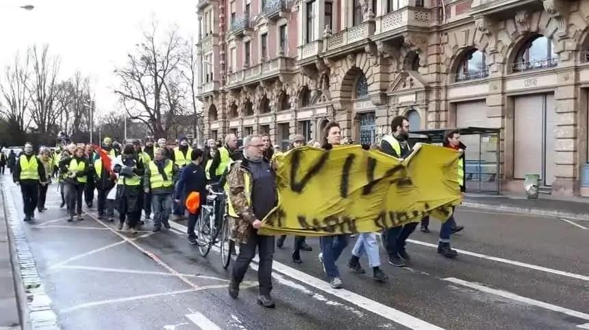 Les Gilets jaunes de «Strasbourg République» fédèrent féministes, écologistes et anticapitalistes