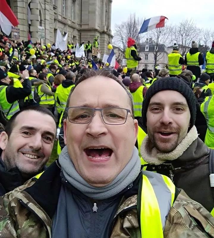 Marche aux flambeaux des Gilets jaunes mardi