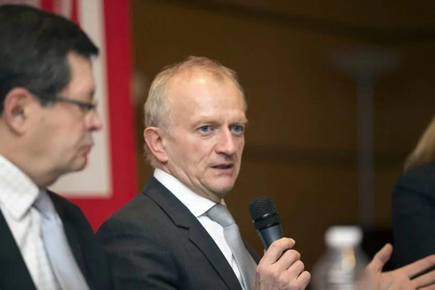 Étudiants étrangers : un syndicat propose à Michel Deneken de mettre sa démission en jeu