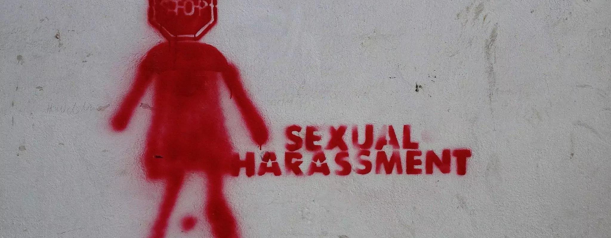 Agressions sexuelles et attouchements, le patron de Deaf Rock mis en cause