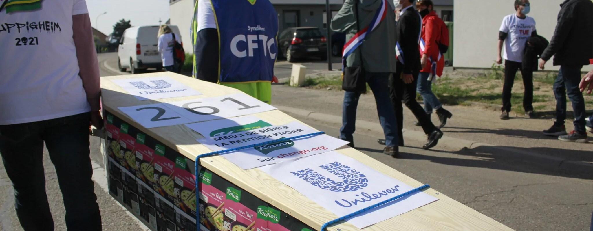 À l'usine Knorr, les salariés acceptent le «plan social le plus merdique de France», selon le syndicat Force Ouvrière