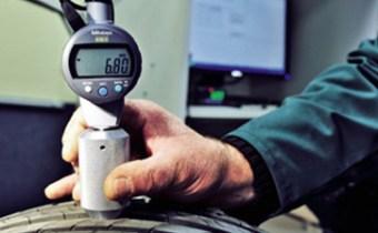 Test de la resistencia al desgaste de un neumático