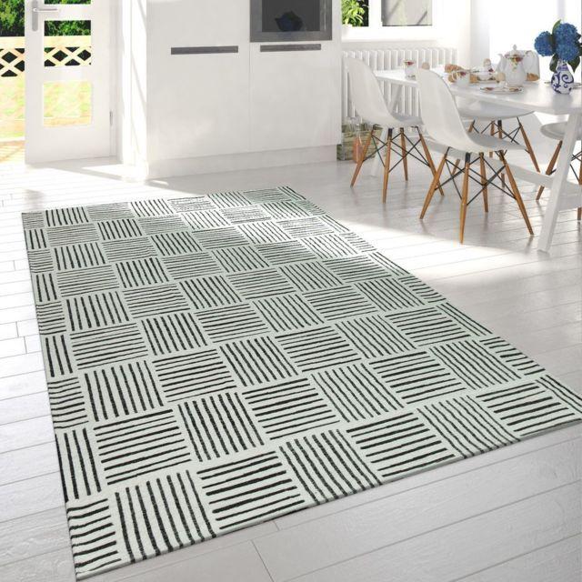 moderne poils ras salon tapis carreaux design lignes chine en noir blanc