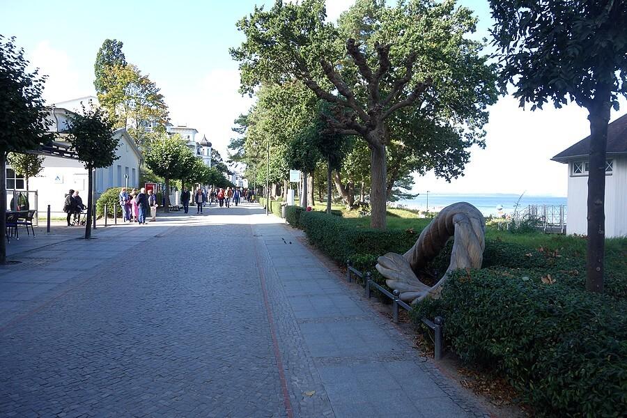 Die Binzer Promenade ist oft windgeschützt.