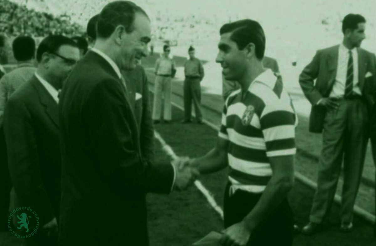 Neste dia… em 1958, Sporting vence Benfica na festa de despedida de Travassos