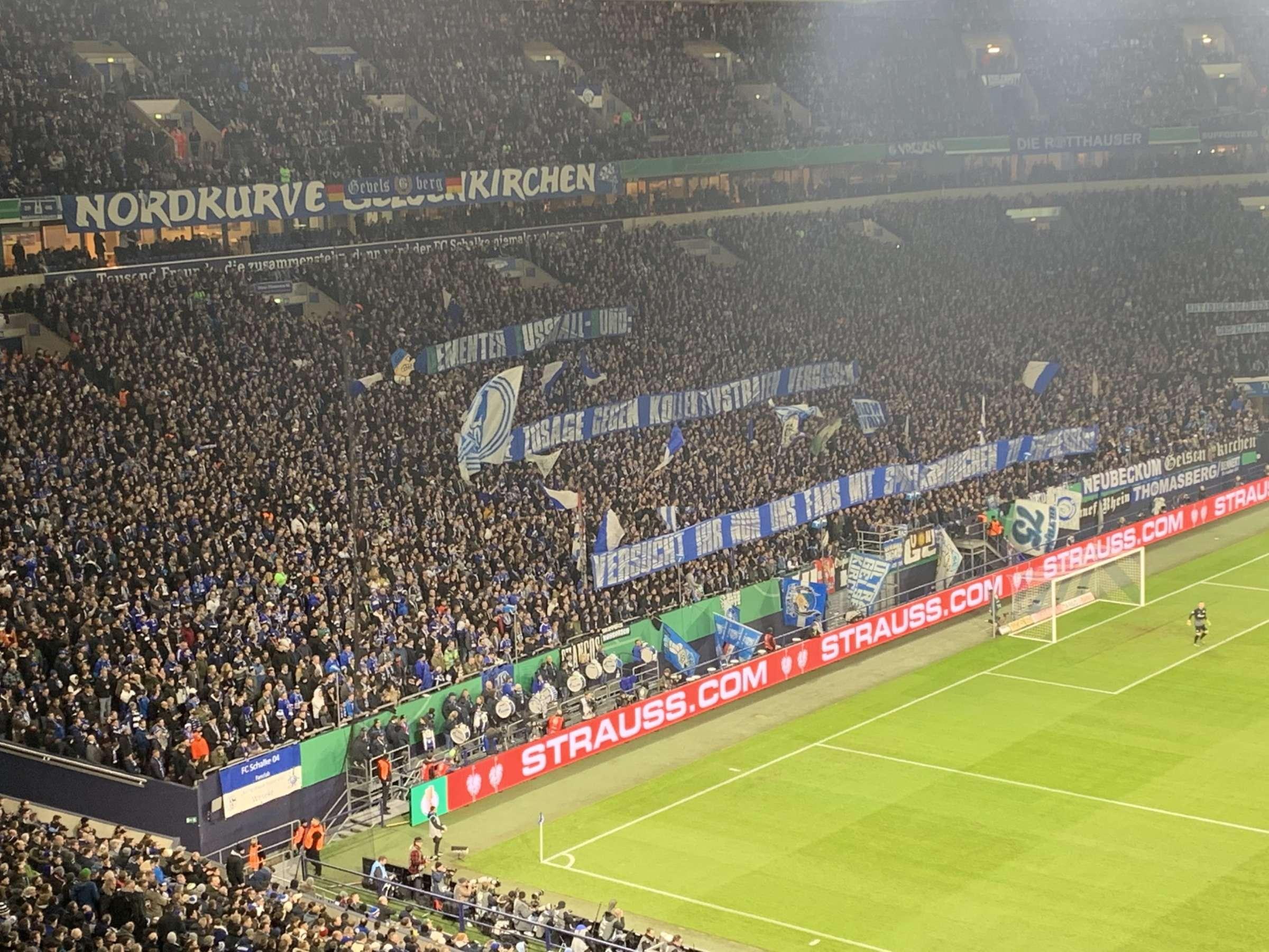 fc schalke 04 proteste fans schiessen