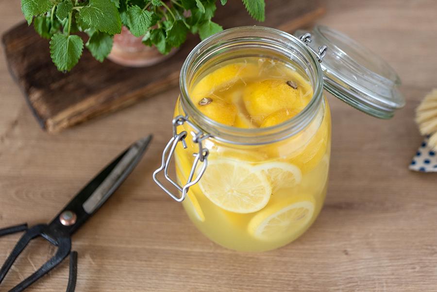 Zitronen-Essigreiniger selber machen