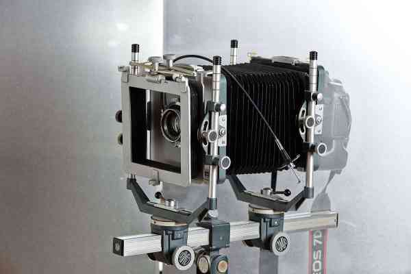 Cambo grande Formato com adaptador para SLR Canon 1 19023703 1509561165763070 976512430423395116 o Rui Bandeira Fotografia Fotografia de produto e comercial - Fotografia de concertos Cambo grande Formato com adaptador para SLR Canon